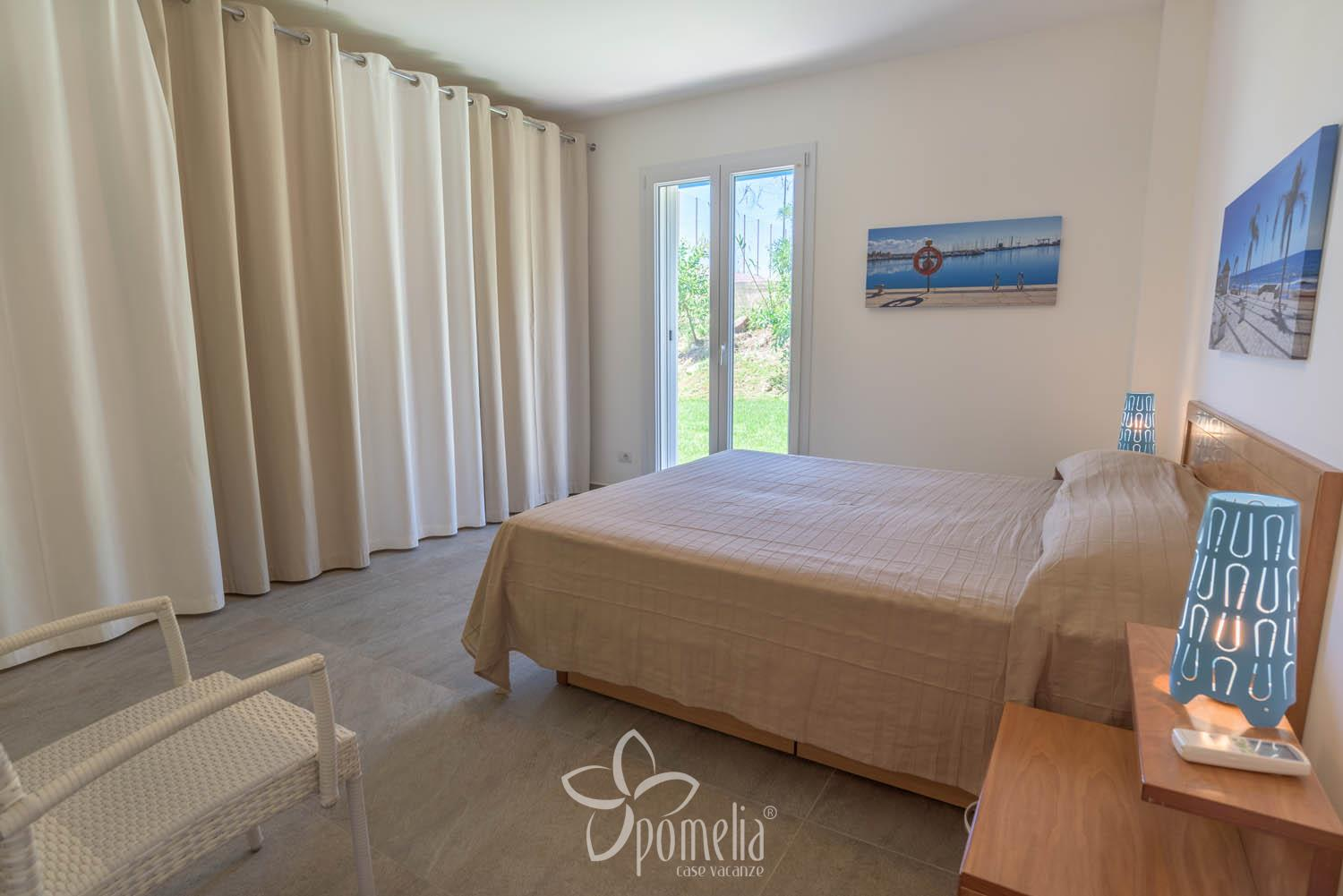 Dafne, villa with pool and garden 300 meters from the beach of Caucana - Double room
