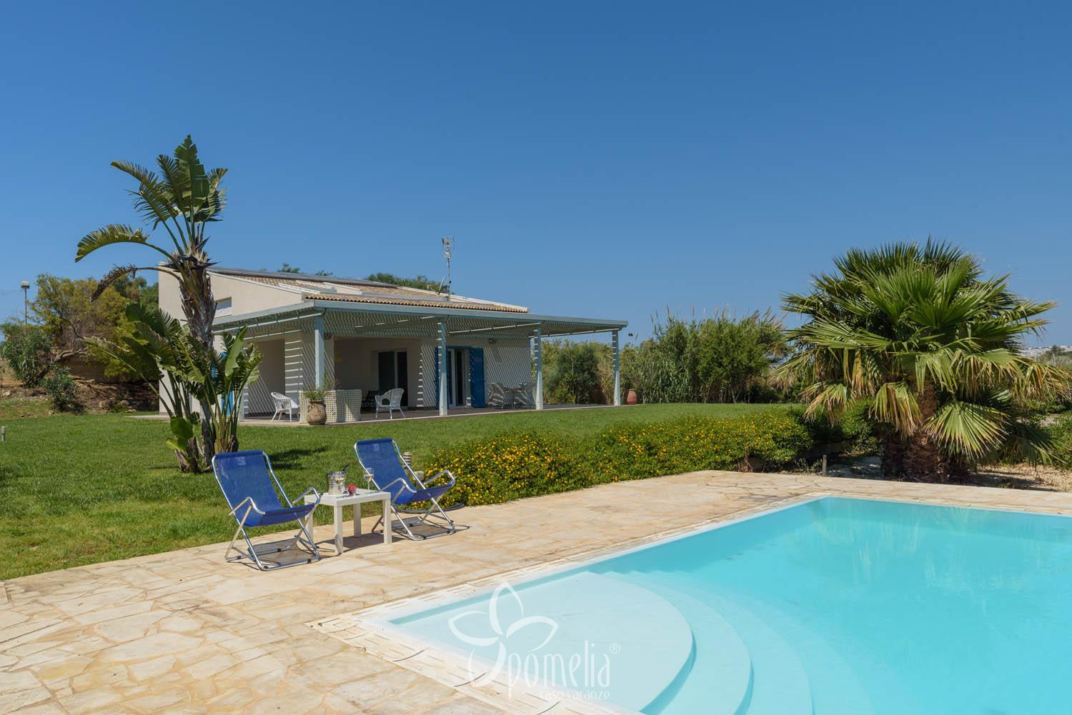 Dafne, villa with pool and garden 300 meters from the beach of Caucana - Swimming Pool
