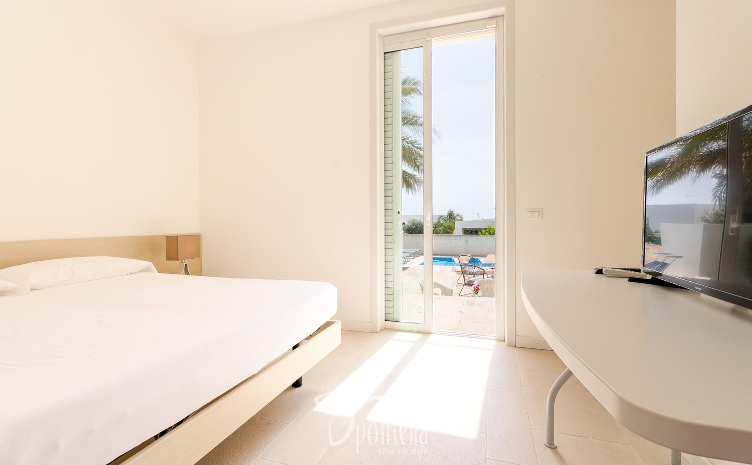 Euterpe, villa with pool close to the centre of Marina di Ragusa - Double room
