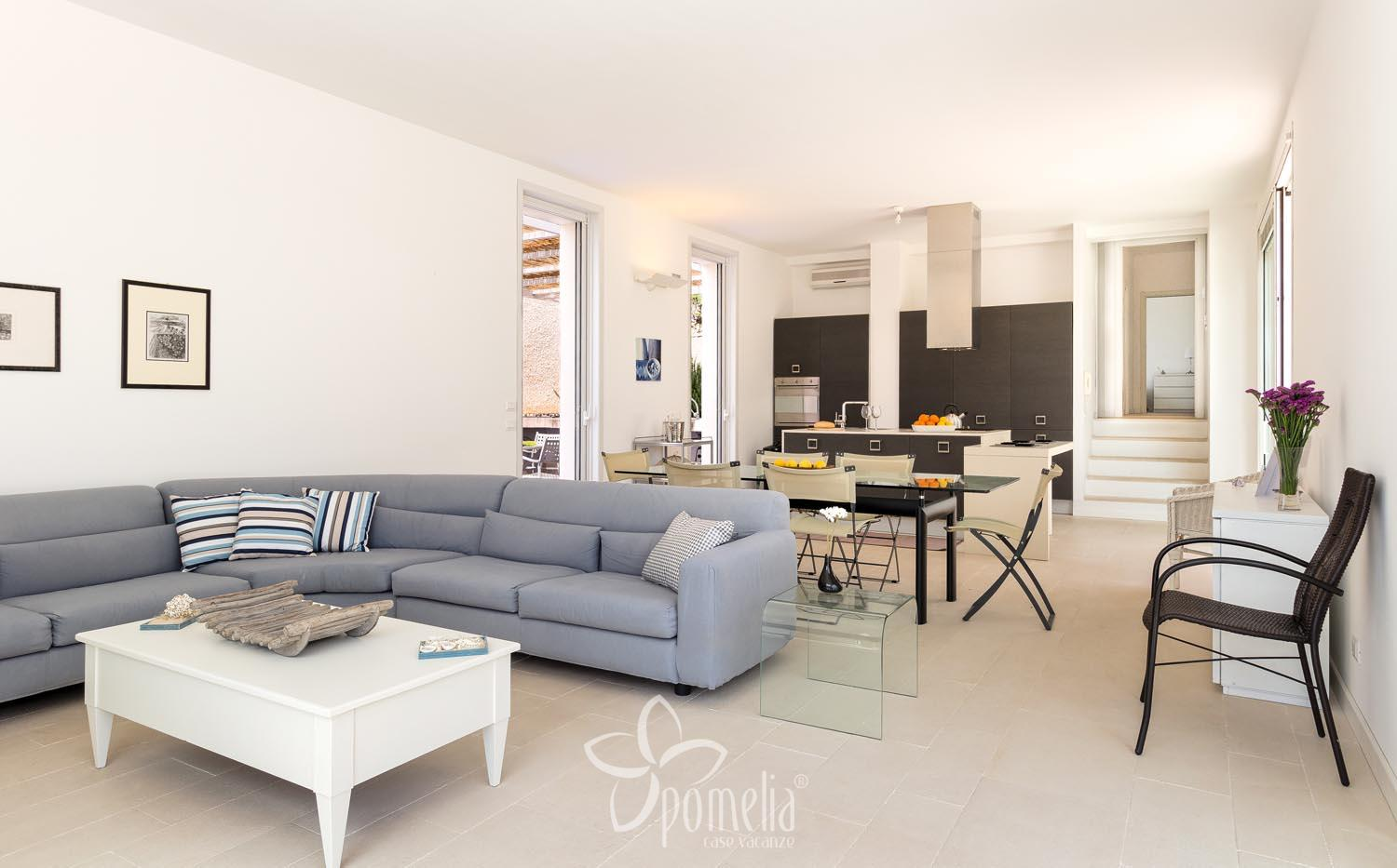 Euterpe, villa with pool close to the centre of Marina di Ragusa - Living room