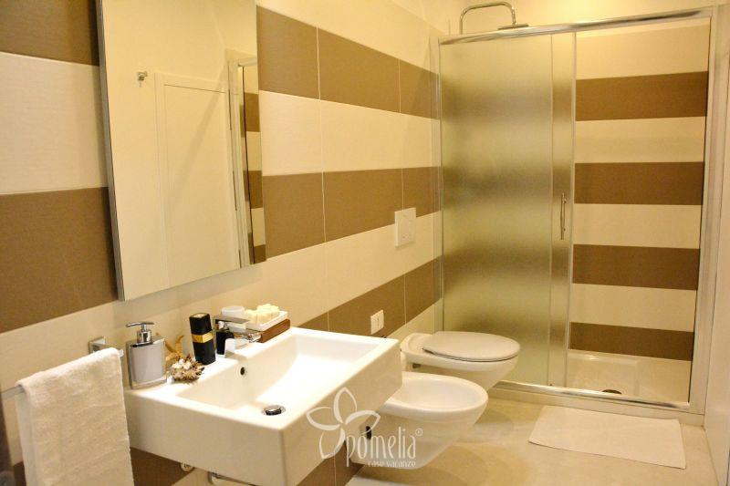 Gea, apartment 20 mt from the beach in the centre of Marina di Ragusa - Bathroom